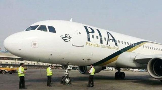 Hành khách tự đốt hành lý của mình ngay giữa sân bay để phản đối chuyến bay bị chậm giờ-1