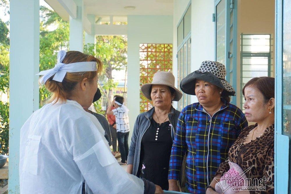 Nha Trang sạt lở: Ông bà bị vùi lấp, cháu kêu khóc không muốn về nhà-5