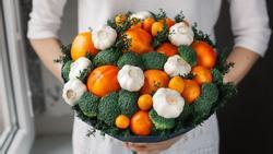 Những bó hoa ngon miệng từ hoa quả, rau củ hấp dẫn tín đồ ăn uống