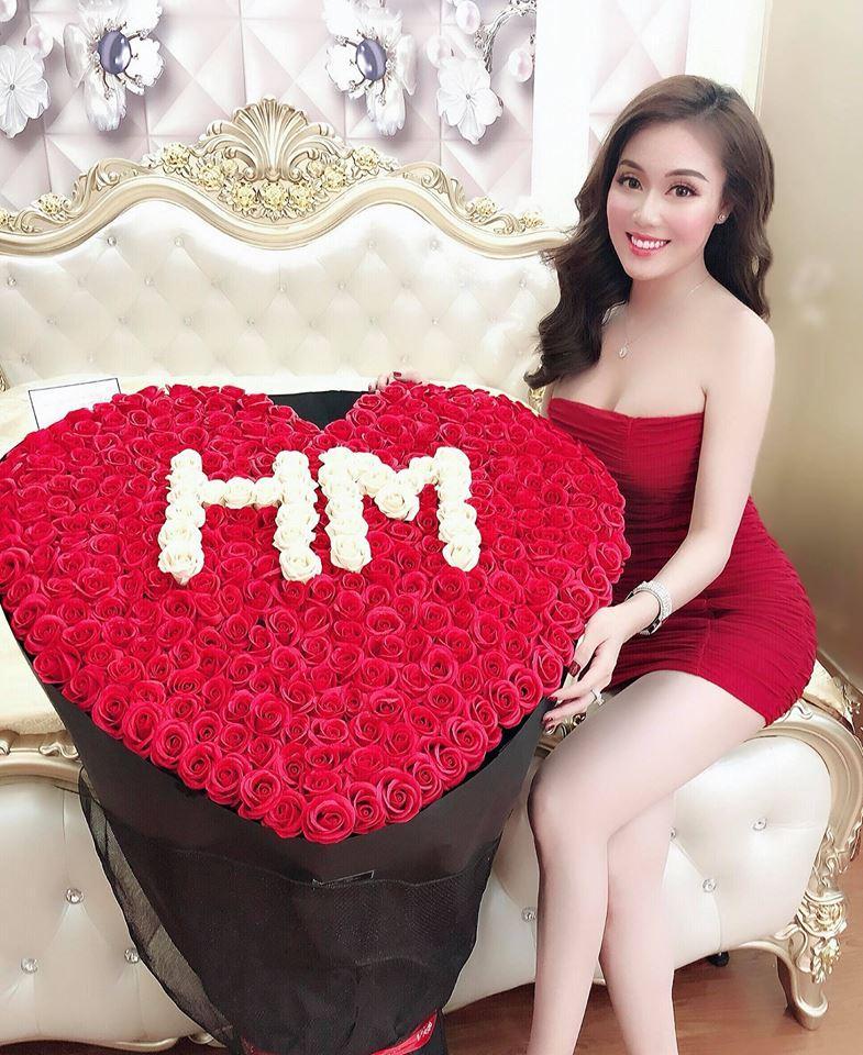 Sinh nhật đúng ngày 20/11, nữ giảng viên cực hot trên mạng xã hội khoe loạt hình ảnh nóng bỏng chào tuổi mới-12