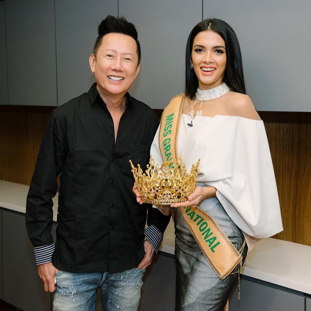 Dọa đấm vào mặt Tân Hoa hậu Hòa bình 2018 vì dám cười Phương Khánh, fan Việt cả giận mất khôn gây liên lụy quốc gia-3