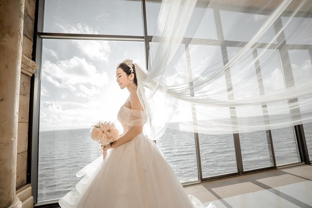 Ưng Hoàng Phúc cởi trần khoe hình xăm cực chất trong bộ ảnh cưới cùng bà xã Kim Cương-6