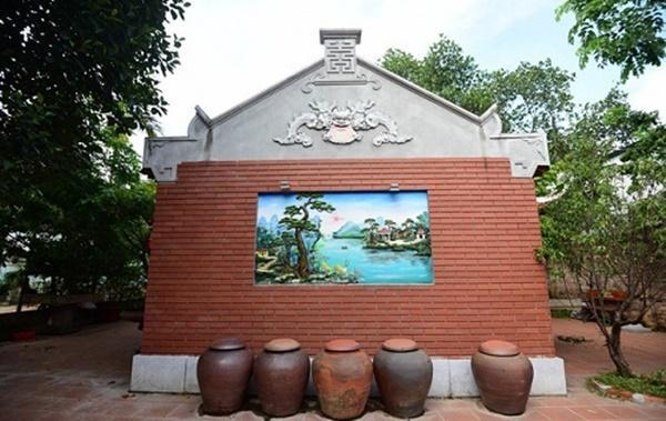 Nam Hoài Linh, Bắc Vượng Râu: Thiên Trường Vọng Phủ rộng hơn 1000m2, rợn người khi bước vào trong-11