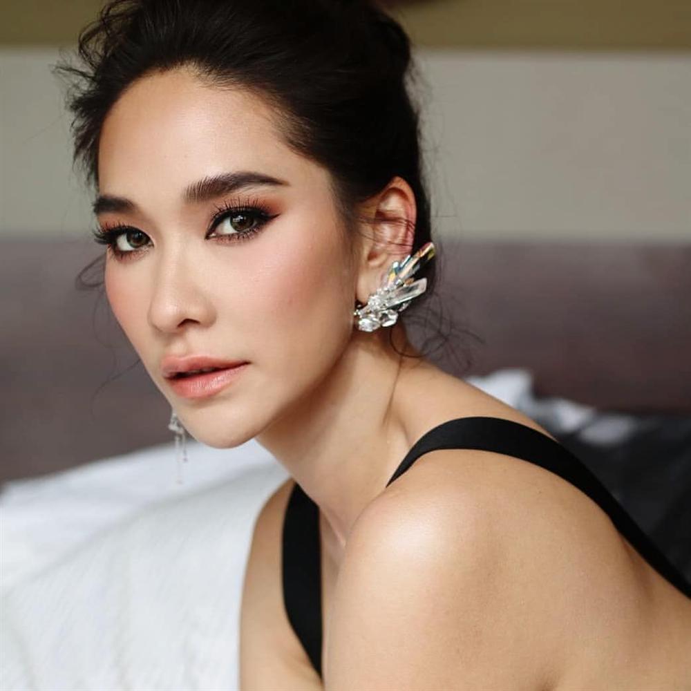 Phạm Băng Băng của Thái Lan: Hành trình vượt bão thị phi vươn lên thành nữ hoàng phòng vé xứ chùa Vàng-1