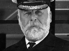 Câu chuyện rùng rợn xung quanh chiếc gương 'ma ám' của thuyền trưởng tàu Titanic