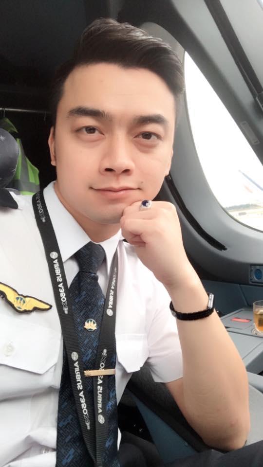 Cuộc sống của những sao Việt từ bỏ nghệ thuật để đi làm phi công hiện ra sao?-12