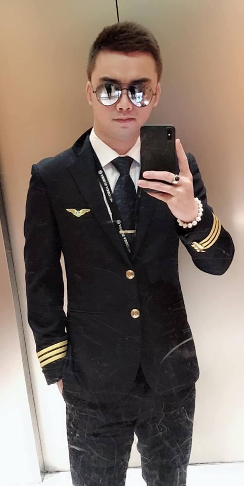Cuộc sống của những sao Việt từ bỏ nghệ thuật để đi làm phi công hiện ra sao?-13