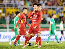 Bạn gái xinh đẹp mong Văn Toàn sớm quên đi nỗi buồn trên sân Myanmar