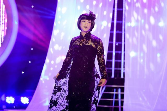 Trước khi chia sẻ về scandal tình dục với Đàm Vĩnh Hưng, Phan Ngọc Luân chỉ được khán giả biết đến qua những lần giả gái rất ngọt-4