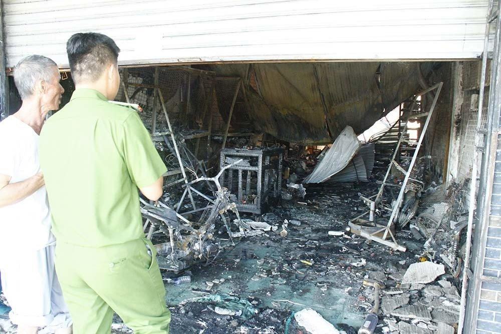Hiện trường vụ cháy xe bồn chở xăng 6 người chết: Mọi thứ đều biến dạng-4