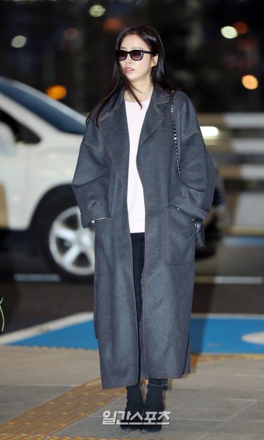 U40 Kim Tae Hee sở hữu làn da mịn màng khiến thiếu nữ phát ghen-1