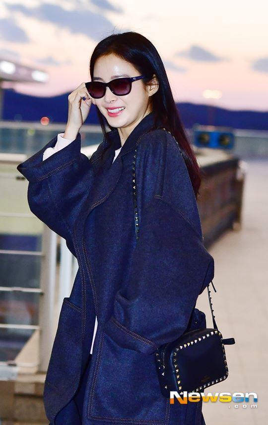 U40 Kim Tae Hee sở hữu làn da mịn màng khiến thiếu nữ phát ghen-5
