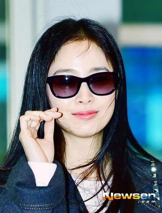 U40 Kim Tae Hee sở hữu làn da mịn màng khiến thiếu nữ phát ghen-10