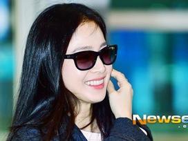 U40 Kim Tae Hee sở hữu làn da mịn màng khiến thiếu nữ phát ghen