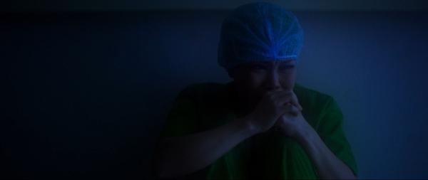 Việt Hương khóc tức tưởi trong trailer đầu tiên của Mặt Trời, Con Ở Đâu?-8