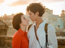 Song Hye Kyo và Park Bo Gum trao nhau ánh mắt say đắm giữa đất trời Cuba thơ mộng