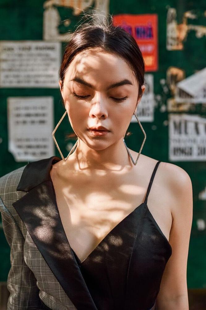 Những hình ảnh chứng minh Phạm Quỳnh Anh quả đúng là đẹp nhất khi không thuộc về ai-1