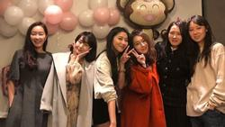 Hội mỹ nhân showbiz Son Ye Jin, Lee Min Jung, Gong Hyo Jin cùng hội ngộ