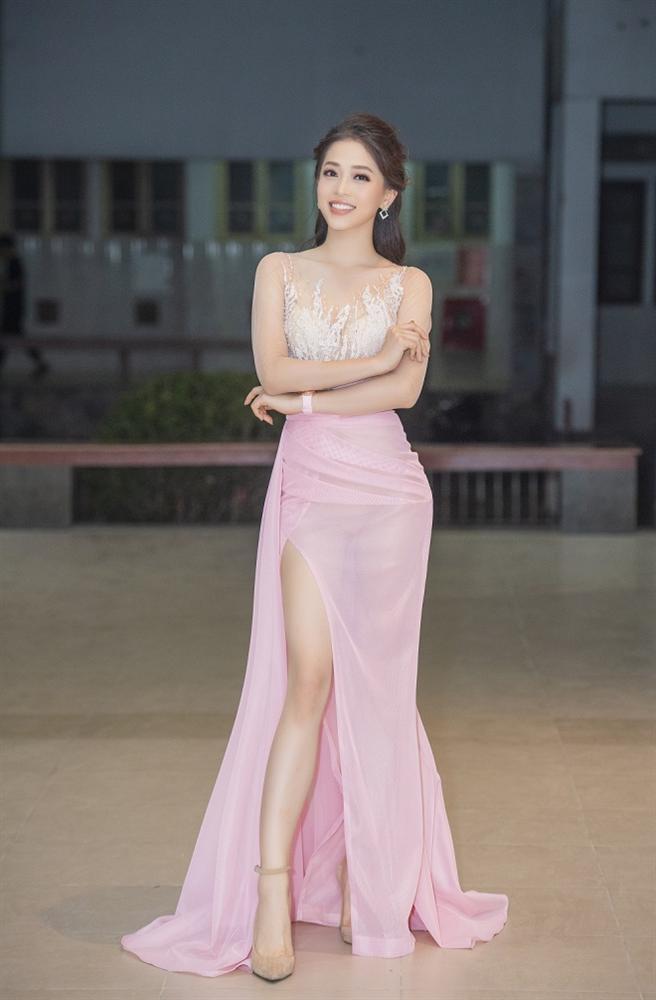 Á hậu Phương Nga mắc lỗi khi theo đuổi style gợi cảm - Phi Thanh Vân khoe vốn liếng nhức mắt người nhìn-1