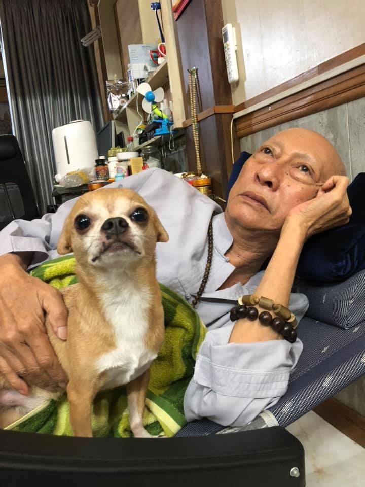 Vợ nghệ sĩ Lê Bình bất ngờ quay về chăm sóc chồng, chuẩn bị cho tình huống xấu nhất-2