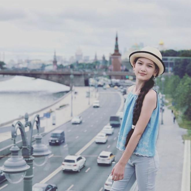 Ngắm vẻ đẹp lai của em gái thủ môn Đặng Văn Lâm-6