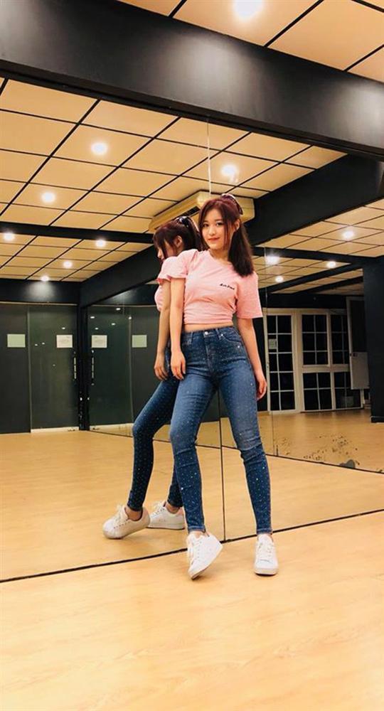 Bí quyết giảm cân để Han Sara soán ngôi Ngọc Trinh và sở hữu vòng eo nhỏ nhất showbiz Việt-3