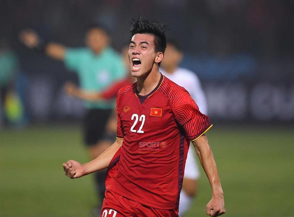 Tiến Linh - chàng cầu thủ ít đất diễn nhưng sáng nhất đêm qua nhờ bàn thắng mở tỷ số chất lừ-1