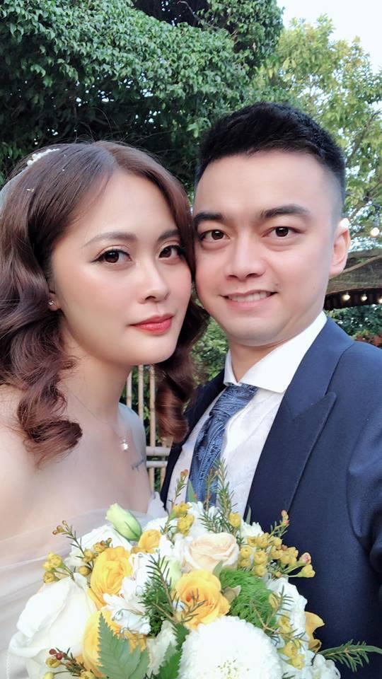 Vượt mặt anh là cơ trưởng điển trai, con gái út xinh đẹp của nghệ sĩ Hương Dung lấy chồng ở tuổi 24-2