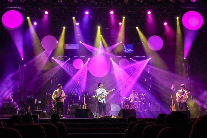 Ngọt - In the Spotlight: Khi những chàng trai mộng mơ bước lên sân khấu lớn-1