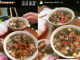 Thủ môn Lâm Tây và bạn gái tin đồn đăng ảnh ăn bún chả trên Instagram