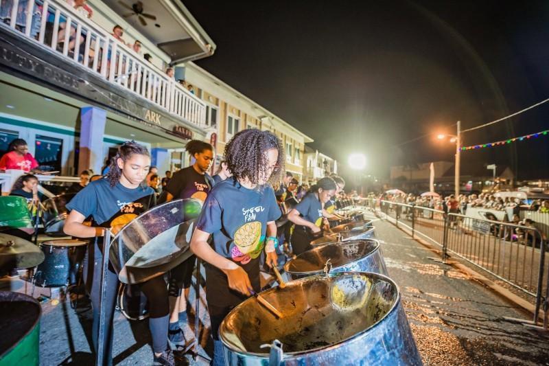 Hóa thân thành cướp biển vùng Carribean ở quần đảo Cayman-9