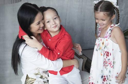 Diva Hồng Nhung công khai hai bé Tôm Tép bị sang chấn tâm lý khi chứng kiến bố có người phụ nữ khác-3