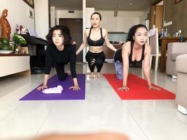 Xương giòn vì di chứng ung thư phổi, Mai Phương vẫn tập yoga khiến nhiều người không khỏi lo sợ