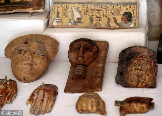 Ai Cập mở nắp quan tài chứa xác ướp người phụ nữ còn nguyên vẹn suốt 3.000 năm-4