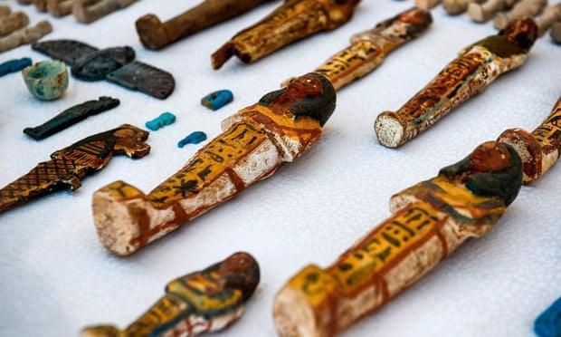 Ai Cập mở nắp quan tài chứa xác ướp người phụ nữ còn nguyên vẹn suốt 3.000 năm-5