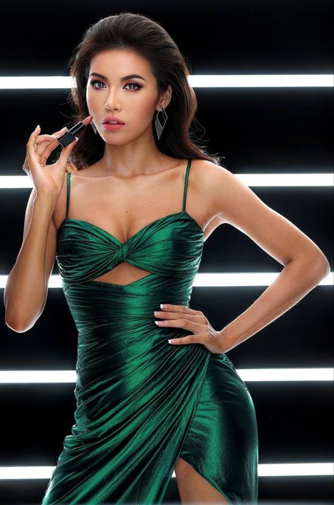 Chẳng ngại mặc lại váy vừa cho Hoa hậu Philippines mượn, Minh Tú chặt đẹp dàn thí sinh hoa hậu nhờ body chuẩn vệ nữ-6