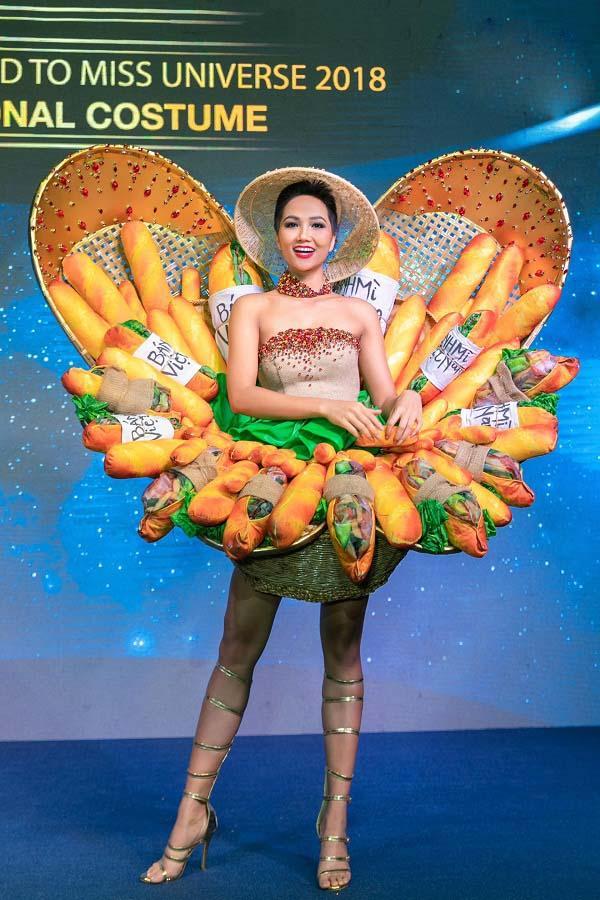 HHen Niê mang Bánh mì dự thi Miss Universe, Hoàng Thùy sẵn sàng Cafe phin sữa đá cho đủ combo ăn sáng-9