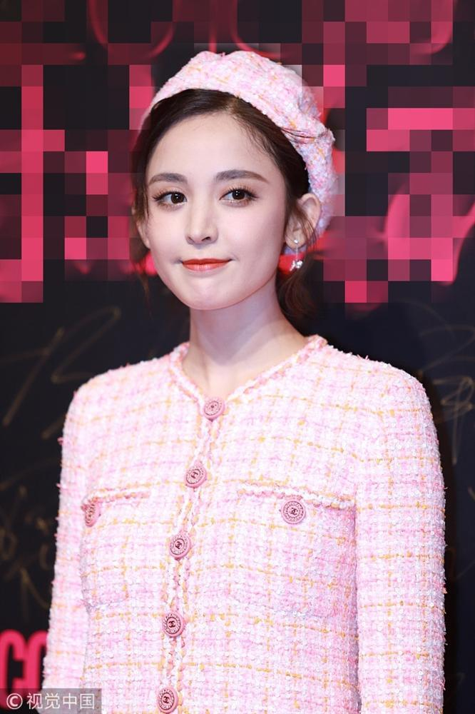 Thảm đỏ Cosmo: Hoàng hậu Tần Lam đẹp nổi bật, làm lu mờ loạt mỹ nhân từ Dương Mịch đến Đường Yên-8