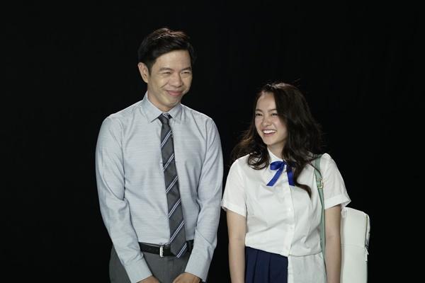 Thái Hòa dạy Kaity Nguyễn cười như con cá trong Hồn Papa Da Con Gái-4