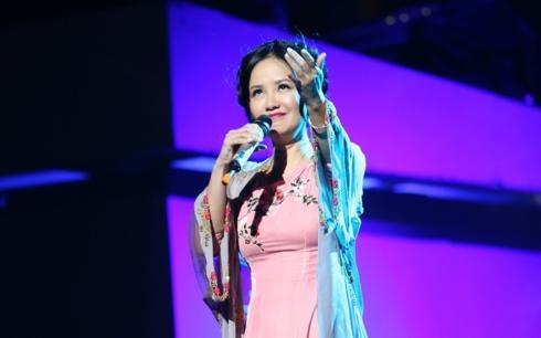 Trốn bác sĩ để đi hát, Hồng Nhung tái nhập viện sau show diễn tại Hà Nội-2