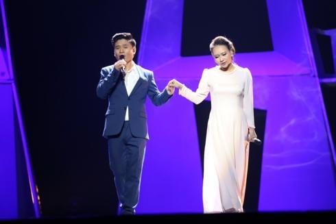 Trốn bác sĩ để đi hát, Hồng Nhung tái nhập viện sau show diễn tại Hà Nội-3