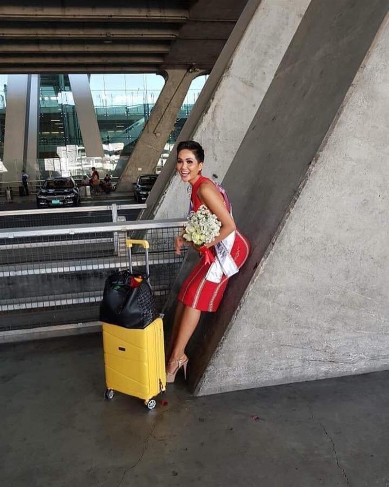 HHen Niê tạo dáng điên đảo tại sân bay Bangkok, mỹ nữ Philippines được chào đón như nữ hoàng-2