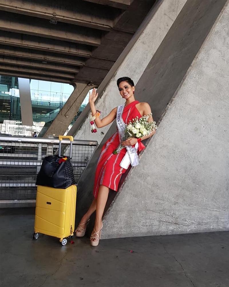 HHen Niê tạo dáng điên đảo tại sân bay Bangkok, mỹ nữ Philippines được chào đón như nữ hoàng-4