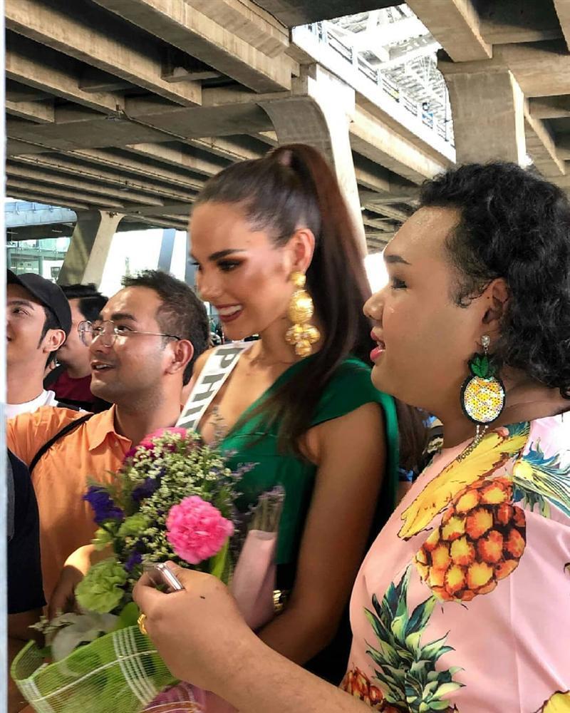HHen Niê tạo dáng điên đảo tại sân bay Bangkok, mỹ nữ Philippines được chào đón như nữ hoàng-9