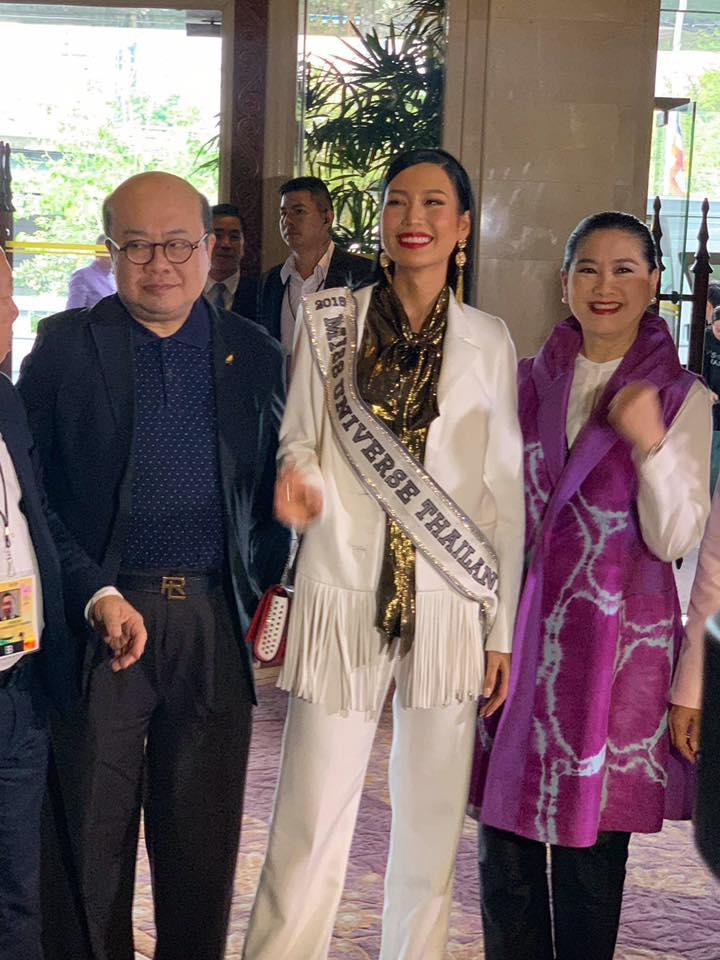 HHen Niê tạo dáng điên đảo tại sân bay Bangkok, mỹ nữ Philippines được chào đón như nữ hoàng-15