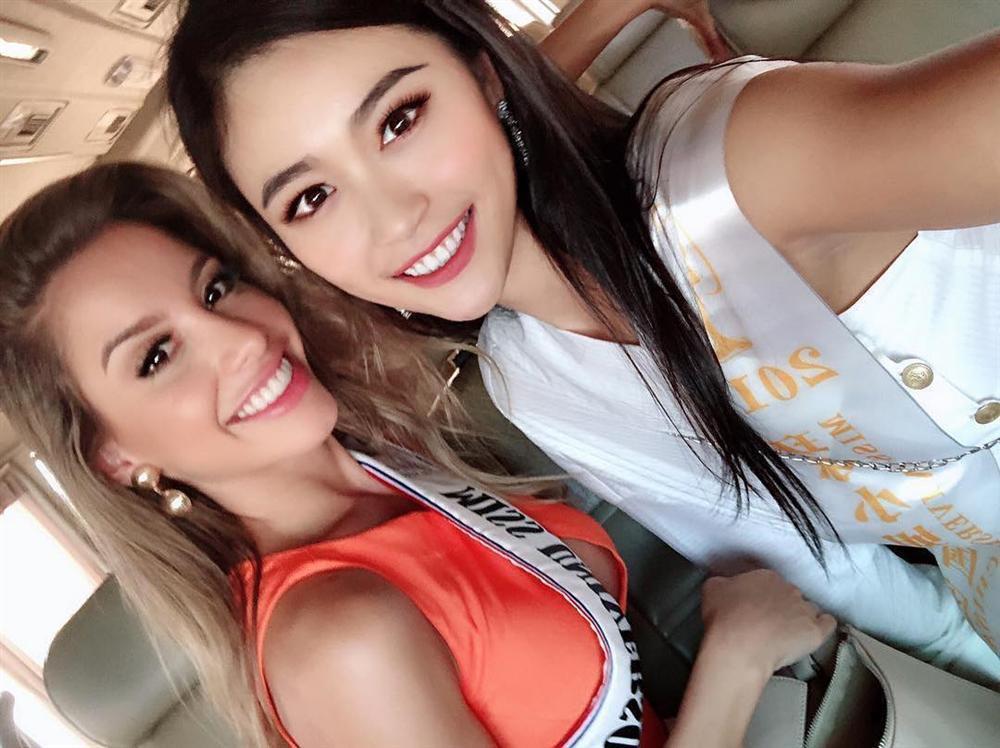 HHen Niê tạo dáng điên đảo tại sân bay Bangkok, mỹ nữ Philippines được chào đón như nữ hoàng-16