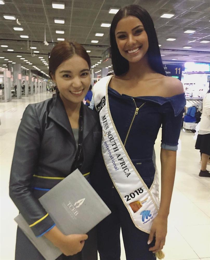 HHen Niê tạo dáng điên đảo tại sân bay Bangkok, mỹ nữ Philippines được chào đón như nữ hoàng-18