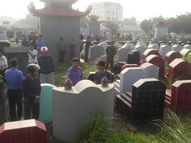 Gần trăm ngôi mộ bị đập vỡ bát hương trong đêm