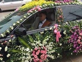 Trang trí xe hoa theo phong cách lấp đầy chỗ trống, chú rể khiến dân mạng bán tán xôn xao