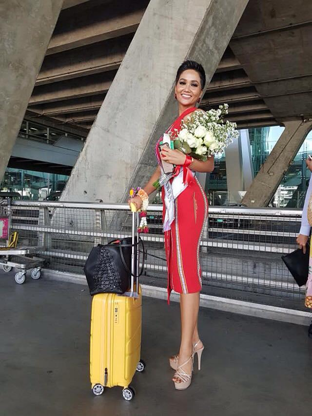 Kể từ khi đăng quang hoa hậu, HHen Niê chỉ thực sự tỏa sáng khi diện loạt trang phục thổ cẩm dân tộc Ê-Đê-9